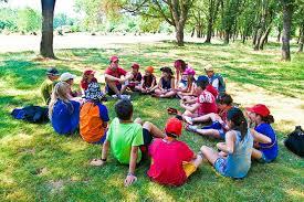 niños-campamento